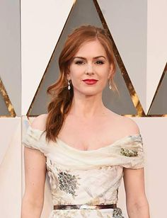 Los mejores rostros de los Oscars 2016  3. Isla Fisher  https://www.facebook.com/streetdetails/photos/pcb.1084632058260623/1084630988260730/?type=3&theater