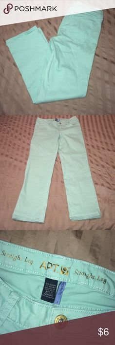 Like new straight leg, modern for jeans MINT Like new straight leg, modern for jeans MINT color. The color of now! Style of now! Great pant Apt. 9 Jeans Straight Leg