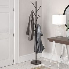 Garderobenständer Zeno Hashtag Home Hat And Coat Stand, Coat Stands, Garderobe Shabby Chic, Flur Design, Free Standing Wall, Clothes Stand, Standing Coat Rack, Small Hallways, Tiny House Cabin