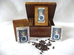 100 % Kopi Luwak Arabica Coffee with Unique Multifunction Recycle Paper Box.