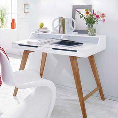 Bloom Modern Scandi Desk Online UK at funique. http://funique.co.uk/office-furniture/office-desks/bloom-scandinavian-office-desk-in-white.html