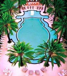 Pool-stagram! The view of dreams!