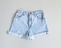 vintage 90s levis cutoff jean shorts / s - m