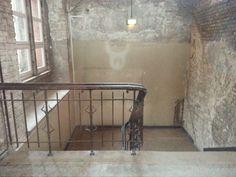 Charité - Treppenhaus zum alten ausgebombten Hörsaal
