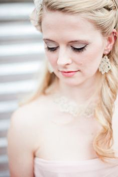 Romantic wedding makeup for fair complexions {Photo by Angela & Evan Photography via Project Wedding}