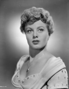 Shelley Winters é Alice Tripp Hollywood Stars, Old Hollywood Movies, Old Hollywood Style, Old Hollywood Glamour, Golden Age Of Hollywood, Vintage Hollywood, Hollywood Actresses, Actors & Actresses, Classic Hollywood