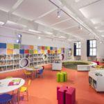 Ispirazione per Ambienti Digitali      biblioteca cuneo 0-18 Modern Classroom, Basketball Court, Digital