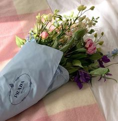 Flowers Nature, My Flower, Beautiful Flowers, No Rain, Flower Aesthetic, Aesthetic Pictures, Red Roses, Planting Flowers, Flower Arrangements