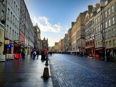It's impossible not to be enchanted by Edinburgh's Old Town.