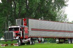 Custom Peterbilt, Peterbilt 359, Peterbilt Trucks, Semi Trucks, Big Trucks, Trailers, Vintage Trucks, Classic Trucks, Rigs