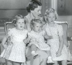 Alessandrahautumn:  Queen Ingrid, l-r Princess Beneditke, Princess Anne-Marie, and Princess (now Queen) Margrethe of Denmark