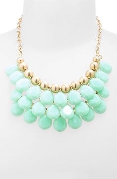 Teardrop Bead Necklace (Juniors)