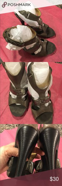 "Nine West 👠 Heels Gray SZ 8.5 Nine West 👠 Heels Gray SZ 8.5 - Strappy w/two button snaps. 4"" heel - worn a few times Nine West Shoes Heels"