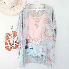 Love they look of the feminine vintage kimono with the pastel lace tank