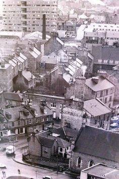 Top of the Hilltown at Hill street junction, looking down Hilltown to old Dundee city centre ✔️