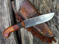 hand-forged knife, french pistol grip