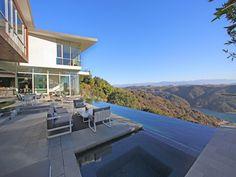 Striking Architectural Spectacular Views