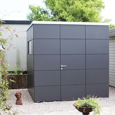 shed landscaping shed storage shed landscaping landscaping design landscaping flower beds landscaping gravel landscaping ideas of shed landscaping Landscape Plans, Garden Landscape Design, Shed Landscaping, Landscaping Design, Outdoor Toilet, Garden Cabins, Diy Storage Shed, Outside Storage, Casa Patio