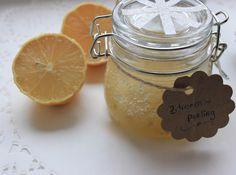 Schnell und einfach hergestellt - Zitronenpeeling mit zwei Zutaten für zarte und weiche Haut.