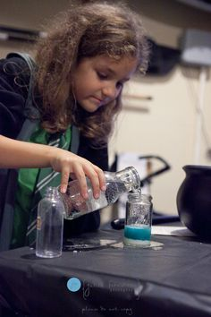 Harry Potter party Potions class- they could make their own drinks...