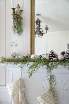 FRENCH COUNTRY COTTAGE: Cottage Christmas Mantel