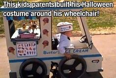 Amazing parents build the best Halloween costume for their kid