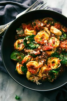 A super easy, 15-minute prep, ONE SKILLET tomato tortellini withsausage. This is an easy family-friendly meal! Comfort food on Mondays. It's a new thing that I'm going to be keeping up for-ev-er. Especially after having sick kiddos (and husband) all last week. This is just the meal to combat that crazy ever-changing Spring weather (seriously...Read More »