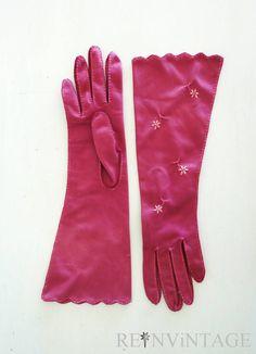 Vintage pink embroidered gloves