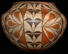 Acoma pot (historic)