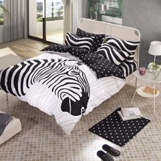 Black and White Zebra Print Jungle Safari Themed Hipster Style Cartoon Abstract Design Unisex 100% Cotton Full Size Bedding Sets