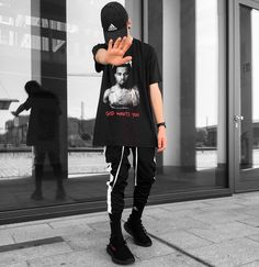 "1,033 Gostos, 43 Comentários - Chris® (@blvboy) no Instagram: ""God wants you but not me.® ______________________________ Outfit Cap: @adidas Tee: lectro Yeezus…"""
