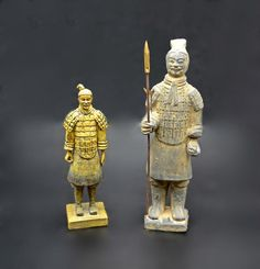 Chinese Warrior Statues, Resin And Terracotta Figurines Wood Owls, Star Show, Vintage Wood, Wood And Metal, Art Deco Fashion, Terracotta, Statues, Glass Art, Resin