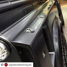 Perfection  @signaturetechniques  Close up of the Saqar Gray Wide Arch Kit on the Land Rover Defender. Special offers are on till the end of this week! @signaturetechniques  #signaturetechniques #kahnuae #uae #uaecars #abudhabi #mydubai #abudhabicars #dubai #dubaicars #arabcars #saudicars #ksa #riyadh #jeddah #kuwait #qatar #bahrain #customcars #modifiedcars #luxury #luxury4play #blacklist #carporn #landrover #landroverdefender #lrouae #millionaire #vip  @cargramm @topspeedkw @saudispeed…