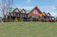 Pigeon Forge cabin rental in the Smoky Mountains. Pigeon Forge Cabin Rentals, Smoky Mountains Cabins, Cabin Wedding, Lodges, Road Trips, Moose, Wedding Venues, Vacation, House Styles
