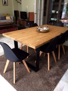 Metal Dining Room Table and Chairs Black Dining Room Table, Farmhouse Dining Room Table, Metal Dining Chairs, Dining Furniture, Metal Sofa, Dinning Table, Kitchen Dining, Cheap Kitchen Tables, Industrial Style Kitchen