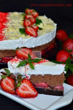 Tort cu mousse de ciocolata si capsuni - CAIETUL CU RETETE Romanian Food, Cooking Recipes, Healthy Recipes, Food Cakes, Something Sweet, Dessert Bars, Cake Recipes, Cheesecake, Food And Drink