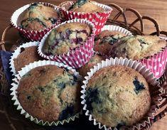 Maailman helpoimmat mustikkamuffinit nopeasti   Makea leivonta   Kodin Kuvalehti Atkins Diet, Key Lime, Goodies, Food And Drink, Baking, Breakfast, Sweet Like Candy, Morning Coffee, Gummi Candy