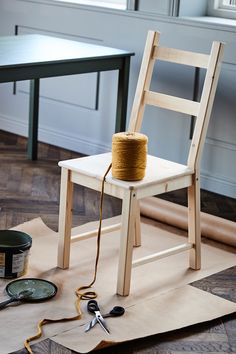 In our IKEA ideas, we show you three clever ideas how you can embellish quite easy old furniture and they aufwertest it. Tiny Furniture, Miniature Furniture, Room Decor Bedroom, Diy Room Decor, Upcycled Home Decor, Miniature Rooms, Decorating Small Spaces, Creative Home, Sweet Home