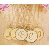 Gorgeous, delicate gold initial necklace.  I need this! Click link for more info!
