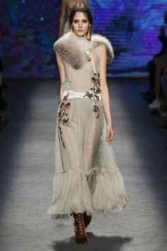 Alberta Ferretti, Look #37