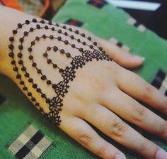 New Henna Designs, Mehndi Designs For Kids, Rose Mehndi Designs, Mehndi Designs For Beginners, Unique Mehndi Designs, New Bridal Mehndi Designs, Mehndi Designs For Fingers, Mehndi Design Images, Beautiful Mehndi Design