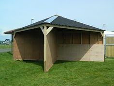 Corner Field Shelter - interesting concept #stables