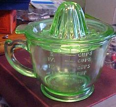 Apple Green Depression Glass Vaseline Reamer Juicer Measuring Cup | eBay