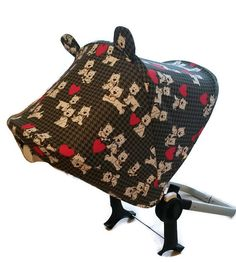 Funny dogs canopy for Bugaboo Donkey and shoulder pads (5,5x12 cm).   Fabric on a photo of 100% dense cotton. Ready to ship.  People around will