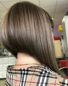 Inverted-Bob-Hair-Style Popular Bob Hairstyles 2019 - New Hair Style Modern Bob Hairstyles, Cool Short Hairstyles, Box Braids Hairstyles, Hairstyles 2018, Wedding Hairstyles, Angled Bob Haircuts, Inverted Bob Hairstyles, Short Hair Back View, Bob Back View
