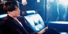 Foto Jungkook, Jungkook Hot, Bts Taehyung, Aesthetic Gif, Bad Girl Aesthetic, Character Aesthetic, Gifs, Fanfiction, Jeongguk Jeon
