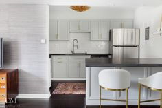 Condo Kitchen Makeover- Coventry Gray cabinet (Benjamin Moore) & Hot rolled steel countertop