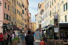 Einkaufsmeile in Ajaccio .