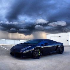 That black on black Gallardo! #cars #Lamborghini #Gallardo