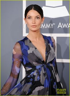 Kings of Leon - Grammys 2012 Red Carpet with Lily Aldridge Kings Of Leon, Lily Aldridge, Stylish Maternity, Dress Picture, Red Carpet Dresses, Hollywood Celebrities, Rock Style, Ombre Hair, Dark Hair